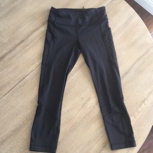 Lululemon Fast and Free Crop Legging size 4 black